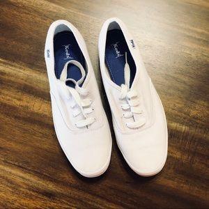 Women's Keds White Canvas Shoes